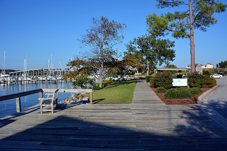 A waterfront walkway in Oriental, NC