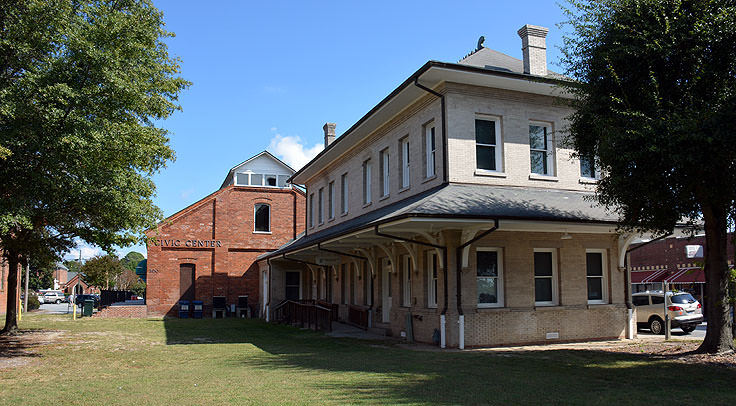 The old Atlantic Coast Line train station in Washington, NC