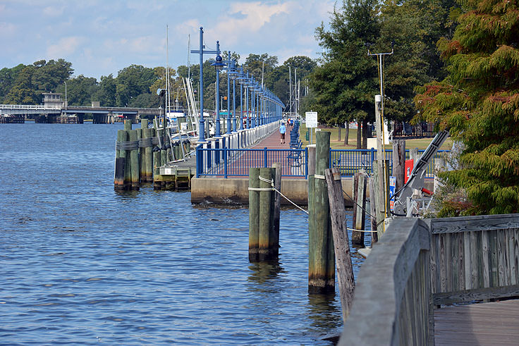 The riverfront walk in Washington, NC